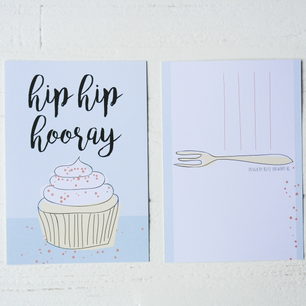 Hoera cupcake ansichtkaart