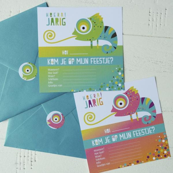 Uitnodiging Kameleon blauw roze kinderfeest_Blitz Ontwerpt